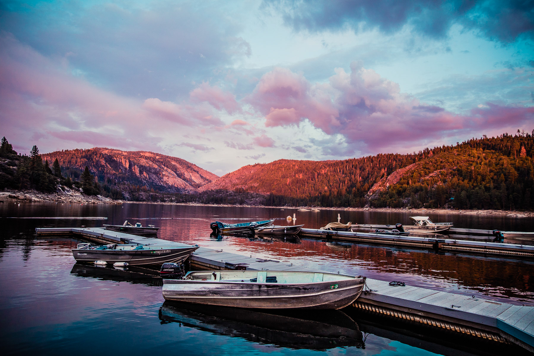 0649_F16_PINECREST_LAKE_LANDSCAPES_0220_