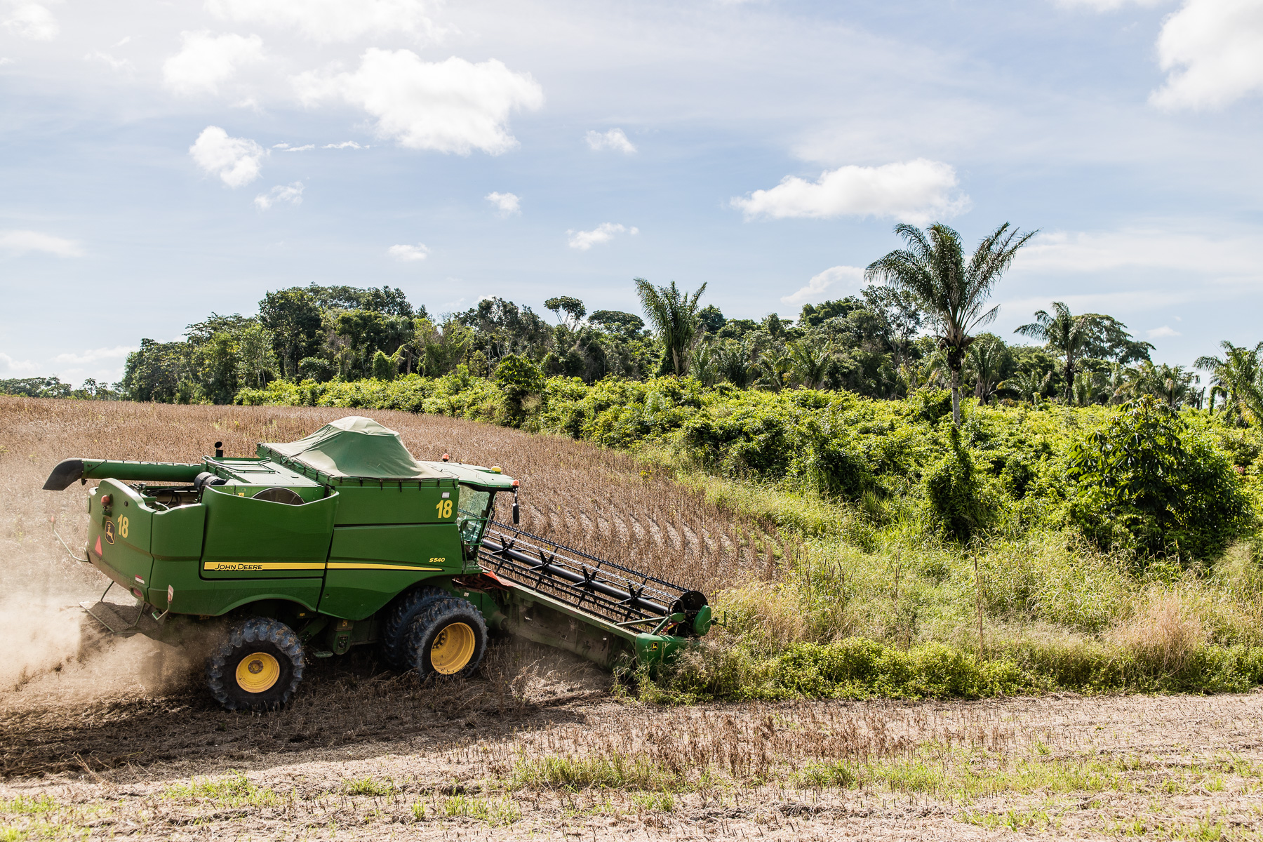 0927_0854_41_SANTAREM_FARM_ONE_HARVEST_0631_