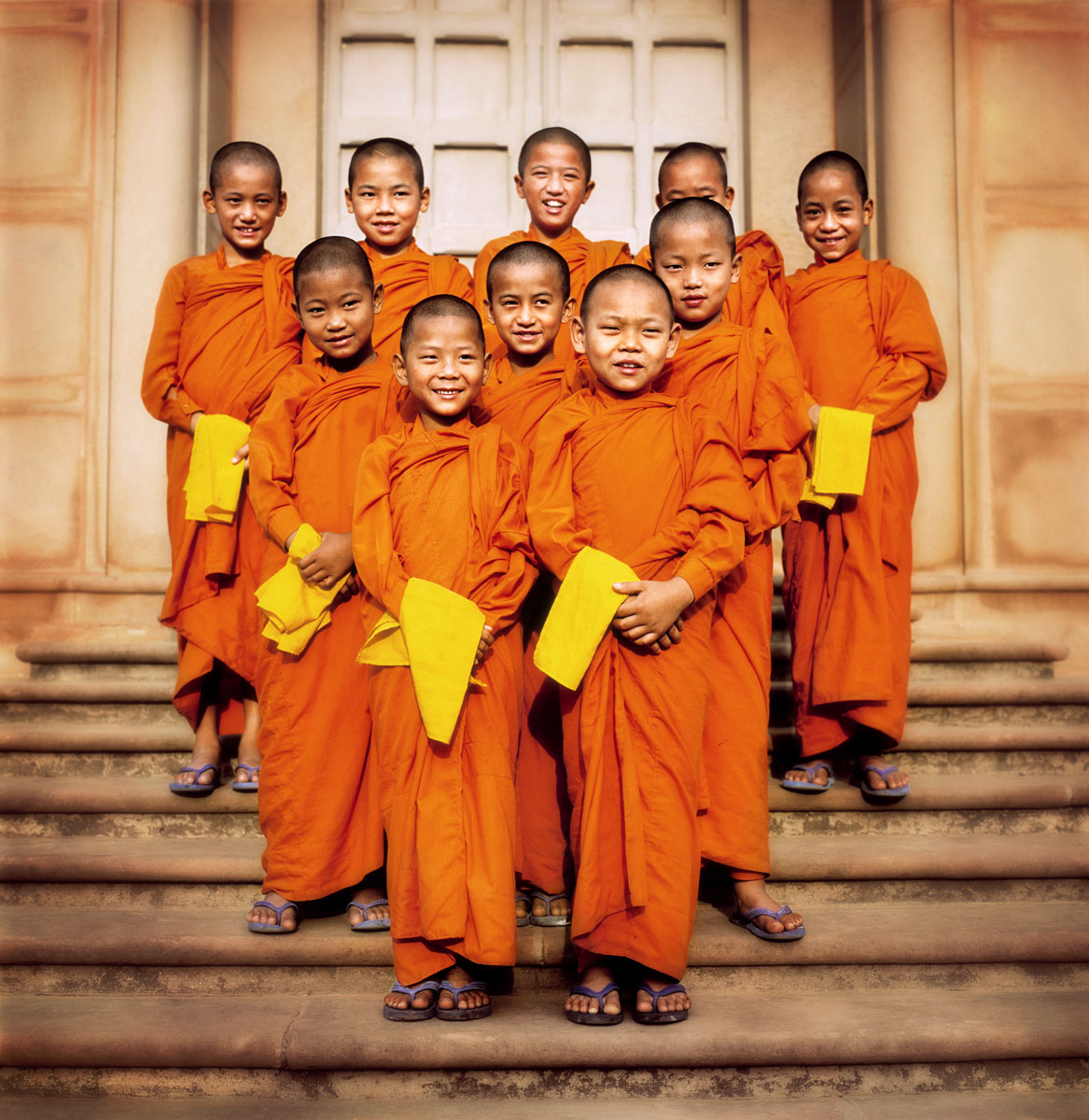 2218_THAILAND_08_young_monks_OS_WF2_